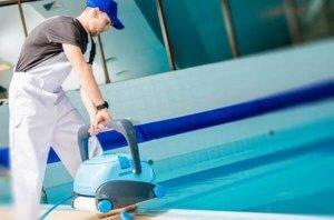 servicio de limpieza de piscinas